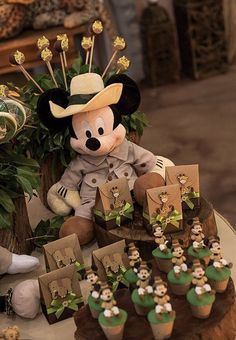66 Best ideas for baby shower ides minnie mouse diaper cakes Safari Theme Birthday, Boys First Birthday Party Ideas, Mickey Birthday, Mickey Party, Safari Party, Baby First Birthday, Theme Bapteme, Mickey Baby Showers, Diaper Cakes