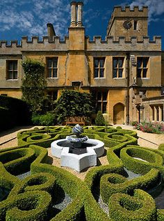 Encore! Life, | ♕ |  Persian Knot Garden - Sudeley Castle, UK.*-*.
