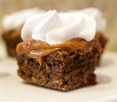 Brownie, dulce de leche y merengue!!!.  Que Ricos queques artesanales.