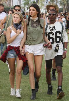 Selena Gomez, Kendall Jenner & More At Coachella 2014 Coachella Festival, Coachella 2014, Festival Outfits, Coachella Style, Festival Looks, Festival Mode, Festival Style, Kendall Jenner Coachella, Kendall E Kylie Jenner