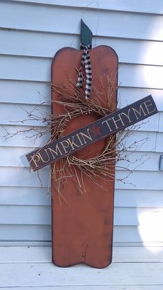 Repainted my pumpkin sign.