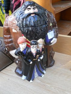 Harry Potter Cookie Jar, Rosie has one of these.