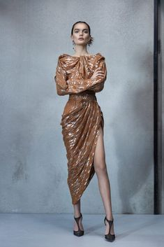 Maticevski Spring 2019 Ready-to-Wear Collection - Vogue Paris Fashion Week Vogue Fashion, Runway Fashion, Trendy Fashion, Fashion Models, Spring Fashion, Fashion Show, Womens Fashion, Fashion Design, Fashion Trends