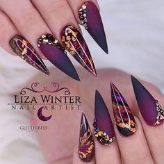 80 Pretty Winter Nails Matte Color For Long Nail Art Designs Cute Acrylic Nails, Acrylic Nail Designs, Nail Art Designs, Nails Design, Acrylic Art, Matte Black Nails, Black Nail Art, Gold Stiletto Nails, Gold Nail