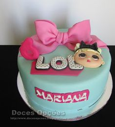 Doces Opções: Bolo de aniversário LOL Surprise! Lol, Cake, Desserts, Birthday Cakes, Resep Pastry, Meet, Cake Ideas, Tailgate Desserts, Deserts