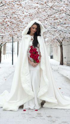2015 Amazing White / Ivory Bridal Winter Wedding Cloak Cape Faux Fur Long Custom