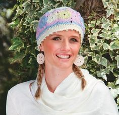 Hekel 'n sagte baret in pastelkleure Karen Adendorff Moeilikheidsgraad: *** BENODIGDHEDE Chain Stitch, Slip Stitch, Double Knitting, Double Crochet, Diy Crochet, Crochet Hooks, Cast Off, Beret, Pastel Colors
