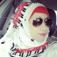 Hijab Red and White