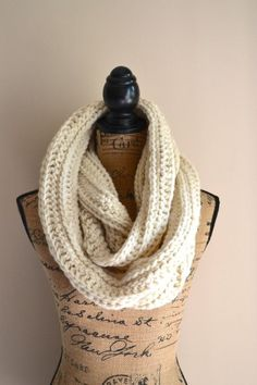 Infinity scarf for winter/autumn