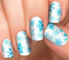 Winter Wonderland Holiday Nails | Winter Nail Designs | Easy Nail Art - Incoco