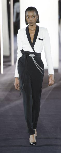 Azzaro Couture Printemps-été 2018 - Haute couture - http://fr.orientpalms.com/Azzaro-Couture - ©ImaxTree