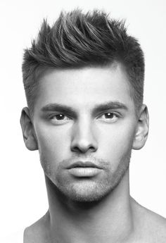 The-Textured-Top Men's Trendy Hair Cut