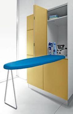 Baños de estilo moderno por BIREX