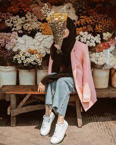 January 01 2020 at fashion-inspo Modern Hijab Fashion, Muslim Women Fashion, Street Hijab Fashion, Hijab Fashion Inspiration, Fashion Fashion, Fashion Ideas, Fashion Tips, Stylish Hijab, Casual Hijab Outfit