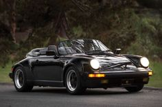 Photo PORSCHE 911 (964) Speedster cabriolet 1989 - médiatheque Motorlegend.com