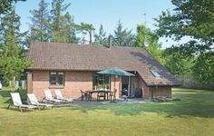 Holiday home Vildrosevej V�ggerl�se IX V�ggerl�se Holiday home Vildrosevej V?ggerl?se IX is located in B?t? By. The accommodation can accommodate up to six persons plus two children under eleven years old.