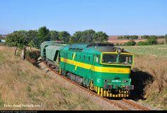 RailPictures.Net Photo: 468.002-4 Prvá Slovenská železničná (PSŽ) ČKD 1435 BóBó 1800 at Bíňa, Slovakia by Jozef Sarnak Diesel Locomotive, Bahn, Coaches, Trains, Paths, Iron, Trainers, Train