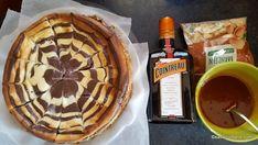 Cheesecake zebră sau rețeta de pască fără aluat (în două culori)   Savori Urbane Waffles, Pie, Breakfast, Desserts, Torte, Morning Coffee, Tailgate Desserts, Cake, Deserts