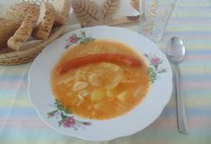 Lucskos kelkáposzta-főzelék puszta debrecenivel