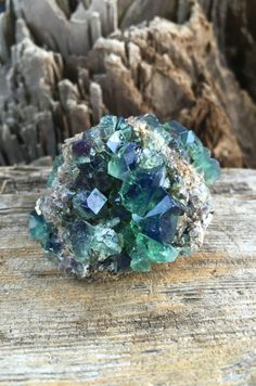 Rogerley Fluorite Crystal 70 gm, England, Reiki, Chakra Stones, Mineral Specimens, Crystal Grids, Meditation Stones, Pagan, Altar Stones by SacredSpaceMinerals on Etsy