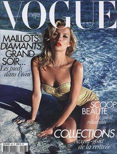 Magazine: Vogue Paris Year: 2010 Model(s): Kate Moss Photographer: Mario Sorrenti Vogue Magazine Covers, Fashion Magazine Cover, Fashion Cover, Vogue Covers, Kate Moss, Vogue Paris, Mario Sorrenti, Image Fashion, Vogue Fashion