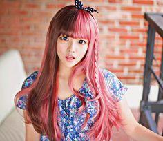 adorable hairstyle - half pink & half brown