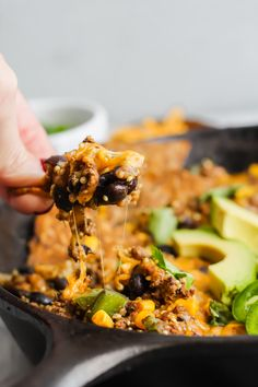 This Turkey Taco Quinoa Skillet is perfectly spicy, full of protein and a cheese lovers dream! It's made in one skillet and takes only 30 minutes! Ground Turkey Tacos, Delicious Dinner Recipes, Yummy Food, One Skillet Meals, Healthy Tacos, Cheesy Recipes, Cheese Lover, Main Meals, Quinoa