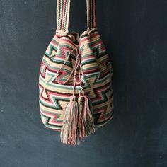 Helado Wayuu Mochila Bag. To purchase original Wayuu Bags, visit diversostudio.com