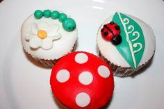 Lady Bug Cupcakes- Fondant