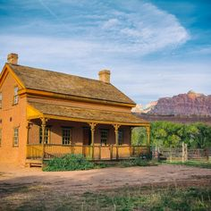 Grafton Ghost Town is an abandoned small town 7 miles outside Zion National Park and the modern towns of Rockville and Springdale, Utah.