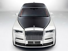 Rolls-Royce Electric Luxo Barge Likely Due To Chinese Demand Rolls Royce Phantom, Rolls Royce Wraith, Auto Rolls Royce, New Rolls Royce, Fancy Cars, Cool Cars, Audi, Best Classic Cars, Maybach