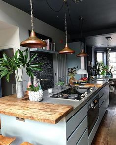 Fun and Fresh Decor Ideas to Make Your Kitchen Wall Looks Amazing Interior Design amp; Decor sur : Inspiring Kitchen in London by Mad Cow I. Decor sur : Inspiring Kitchen in London by Mad Cow I. Industrial Interior Design, Interior Design Kitchen, Bar Interior, Copper Interior, Kitchen Designs, Room Interior, New Kitchen, Kitchen Decor, Kitchen Ideas