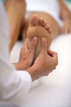 כידוע, כפות רגלינו יכולות לספר לנו הכל על עצמנו, גם תכונות אופי וגם בעיות…