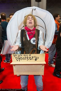 Oregon Trail #cosplay | NYCC 2013 That's hilarious because it looks like America from Hetalia! x3