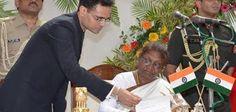 Shrimati Draupadi Murmu is the first Odia & woman Governor of India from Today #Odia #Odisha #Jharkhand #OdiaNari