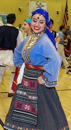 Traditional women's Greek costume from Kavakli, Thrace. Clothing style: ca. This is a recent workshop-made copy, as worn by folk dance groups. Greek Traditional Dress, Traditional Outfits, Greek Costumes, Folk Dance, Greek Clothing, Black Sand, Folk Costume, Albania, Ethnic Fashion
