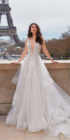 Wonderful Perfect Wedding Dress For The Bride Ideas. Ineffable Perfect Wedding Dress For The Bride Ideas. Elegant Wedding Gowns, White Wedding Dresses, Designer Wedding Dresses, Bridal Dresses, Elegant Dresses, Sexy Dresses, Dress Wedding, Summer Dresses, Formal Dresses