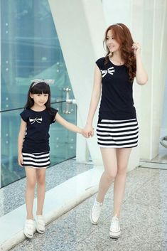 To place order DM us or whatsapp on 6394837380 Mother Daughter Matching Outfits, Mother Daughter Fashion, Mommy And Me Outfits, Mom Daughter, Family Outfits, Girl Outfits, Mom Style, Kind Mode, Baby Dress