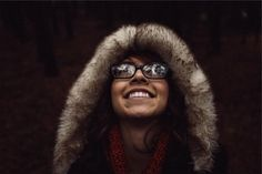 girl woman smiling -  girl woman smiling free stock photo Dimensions:2509 x 1673 Size:1.04 MB  - http://www.welovesolo.com/girl-woman-smiling/