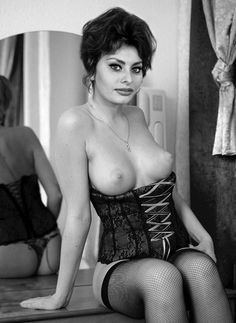 Sophia Loren Posing Topless in a 1950s Italian Film Production.