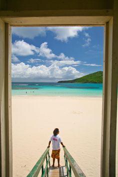 Playa Flamenco, Culebra, Puerto Rico. Vía Caribbean Travel #playaflamenco #culebra-#puertorico