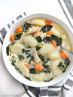 Basic chicken noodle Basic chicken noodle soup gets an upgrade with the addition of kale gnocchi and cream. This Kale Chicken and Gnocchi Soup is warm and comforting. Soup Recipes, Dinner Recipes, Cooking Recipes, Healthy Recipes, Dinner Ideas, Weeknight Recipes, Noodle Recipes, Eat Healthy, Delicious Recipes