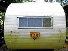 awesome trailer restoration blog.