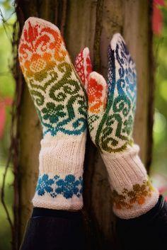 Ravelry: Karin Kurbits Mittens pattern by Johanne Landin Crochet Mittens, Mittens Pattern, Knitting Socks, Fisher, Ravelry, Smoking, Gloves, Male Horse, Fashion