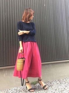 ピンクのスカートに たまにはヒールでしっかりレディな着こなしに♡ 153cmの私でこの丈感とか素敵