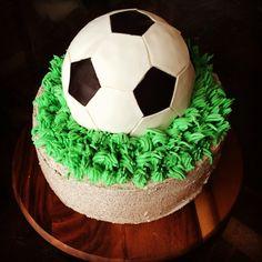 Soccer ball birthday cake  Chocolate Oreo  www.crumbandberry.com