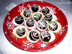 Originálny recept na Mozartove gule (fotorecept) - recept | Varecha.sk Mini Cakes, Graham Crackers, Christmas Cookies, Pie, Sugar, Chocolate, Cream, Desserts, Food