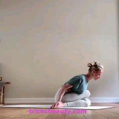 Video for yoga lovers - Workout - Fitness Yoga Flow, Yoga Bewegungen, Sup Yoga, Yoga Moves, Yoga Exercises, Stretching Exercises For Flexibility, Vinyasa Yoga, Yoga Meditation, Yoga Fitness
