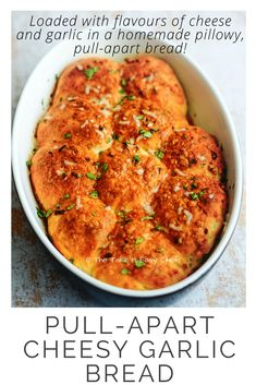 Loaded with flavours of cheese and garlic in a pillowy, pull-apart bread, this Pull-Apart Cheesy Garlic Bread is an easy, homebaked garlic bread indulgence! Top Recipes, Indian Food Recipes, Sweets Recipes, Easy Recipes, Bread Recipes, Cheesy Garlic Bread, Pull Apart Bread, Man Food, Light Texture