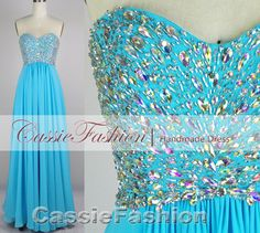 I LOVE THIS DRESS I PROB WILL GET IT FOR MY PROM!